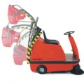 Twin Top TTE 1100 HD - Подметальщик индустриальный с местом для оператора и активным пылеудалением(High.Dumping) *под заказ